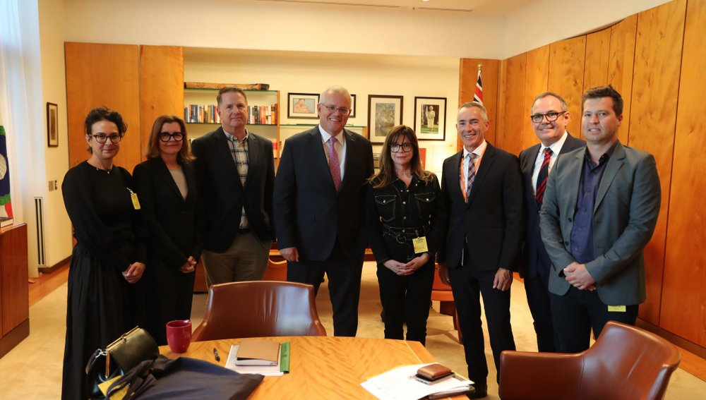 australia␙s-live-industry-meets-with-pm,-venues-warn-of-dark-months-ahead