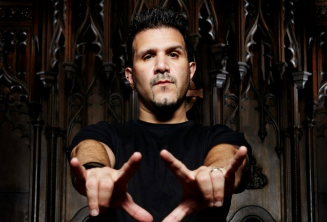 charlie-benante-confirms-anthrax-won't-release-new-music-until-live-shows-return