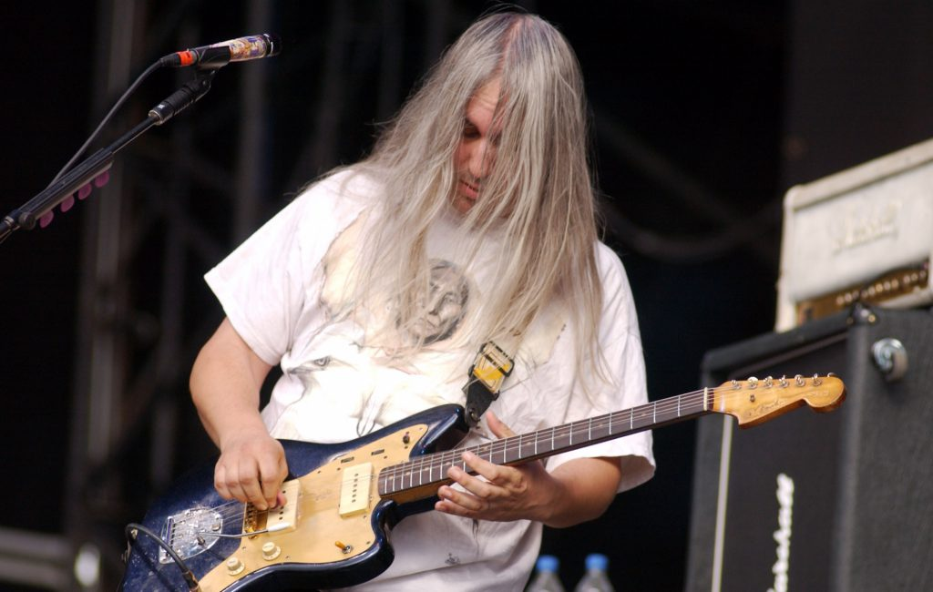 listen-to-dinosaur-jr.␙s-latest-single-␘garden␙-from-upcoming-new-album-␘sweep-it-into-space␙