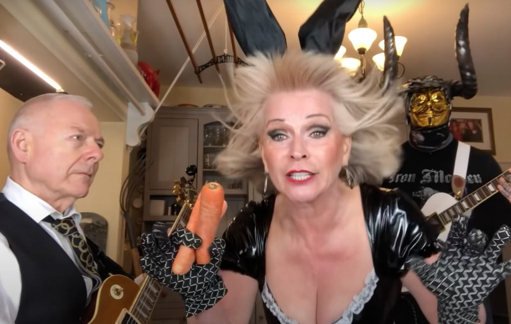 robert-fripp-and-toyah-willcox-joined-by-horned-guitarist-for-iron-maiden-cover