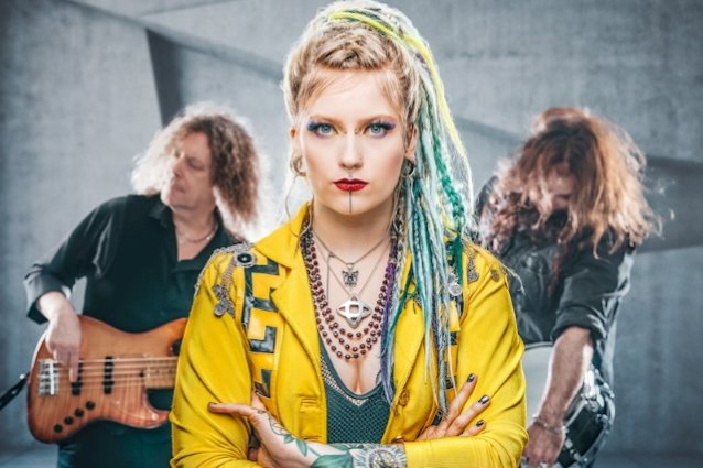 former-burning-witches-singer-seraina-telli-is-back-with-new-dead-venus-single-'flowers-&-pain'