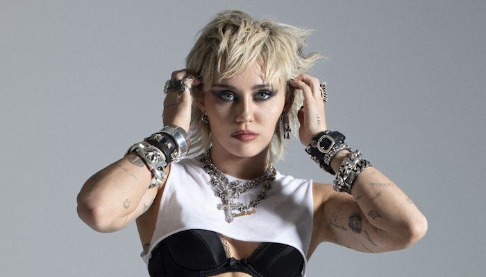 miley-cyrus-becomes-the-third-woman-to-achieve-decade-spanning-spotify-record