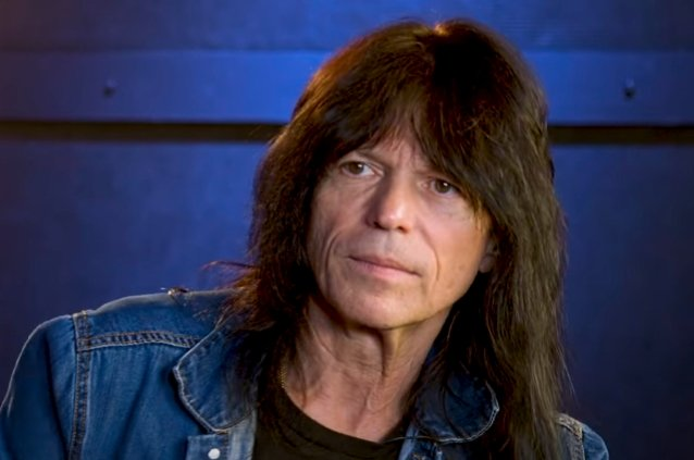 rudy-sarzo-says-playing-with-geoff-tate's-version-of-queensryche-was-'interesting'