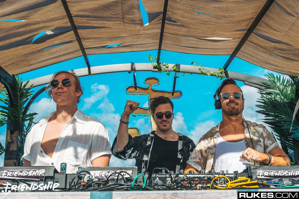 rufus-du-sol-deliver-mesmeric-10th-rose-ave-radio-episode,-complete-with-monolink-set