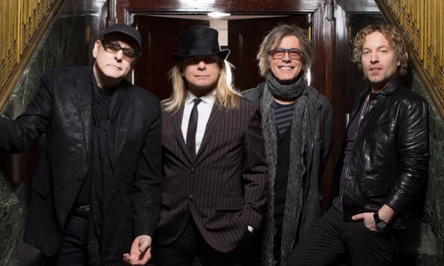cheap-trick's-robin-zander:-we'll-continue-making-music-'as-long-as-there's-still-musical-breath-in-our-bodies'