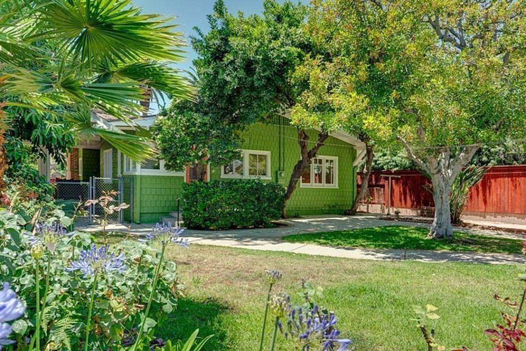 the-beastie-boys'-ad-rock-buys-a-really-green-house-for-$1.7m